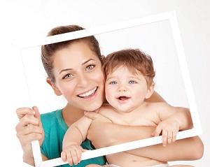 20s Mom vs 40s Mom